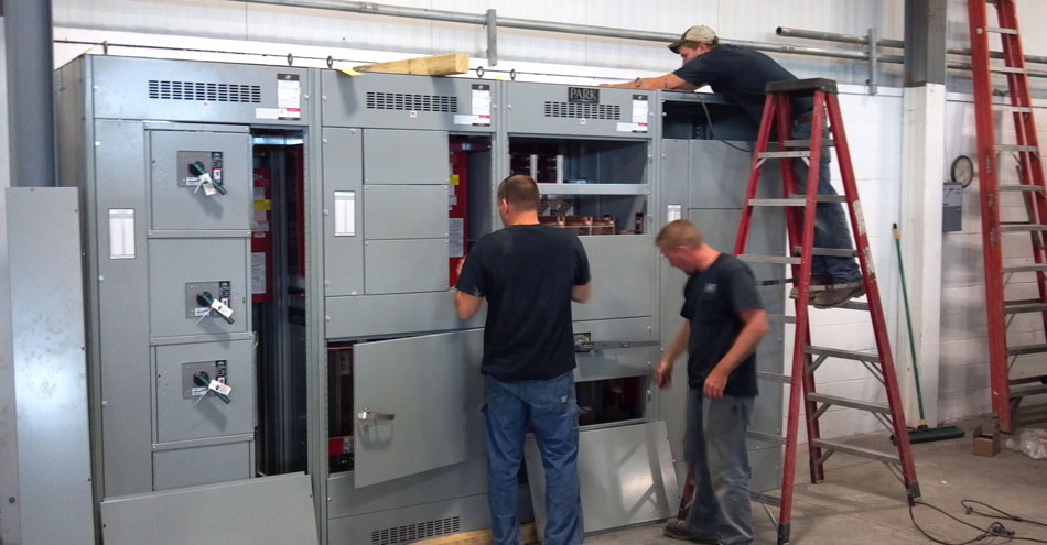 SU-DAN Industries: 3000 Amp Primary Service Switchboard Install With Process Heat Metering Section